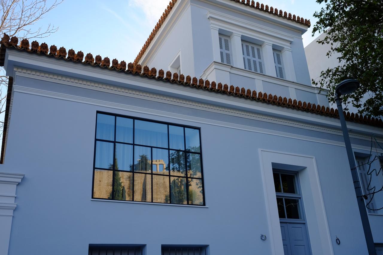 Kατοικία στην Διονυσίου Αεροπαγίτου, Αθήνα - μπροστά στην Ακρόπολη - 2017
