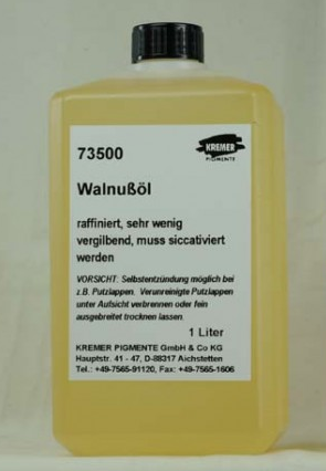 Walnut oil.png